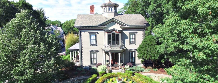 Taylor House Bed & Breakfast Image
