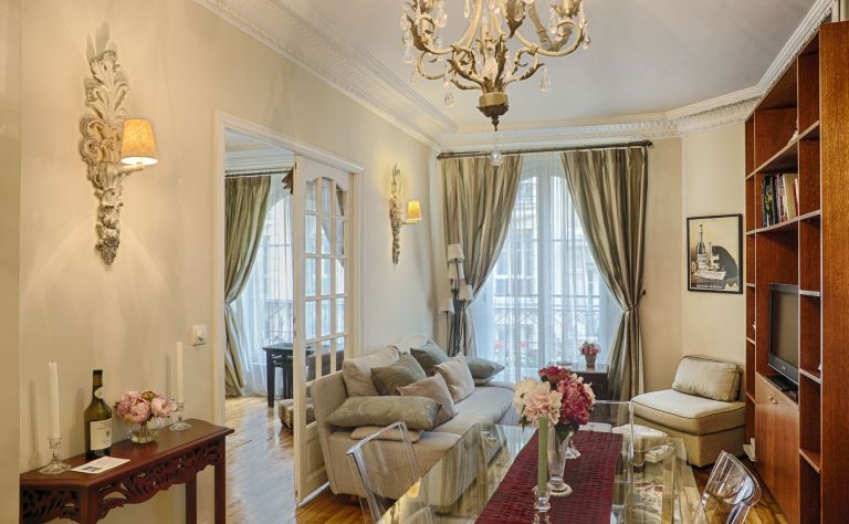 Paris Vacation Rental Image