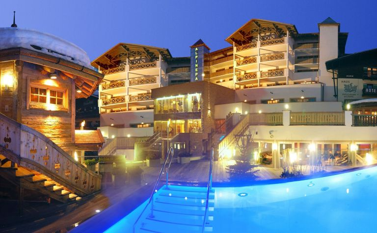 Hotel Alpine Palace New Balance Luxus Resort *****S - FEEL ROYAL, ENJOY LÄSSIG! Image