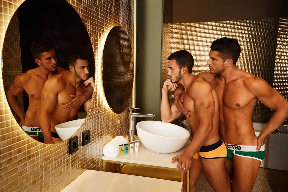 from Hayes madrid gay saunas